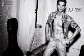 Armani jeans, boys e pubblicità
