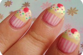 Nail art cup cakes